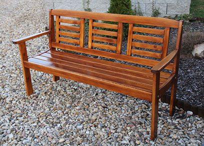 Záhradné lavičky a sedačky