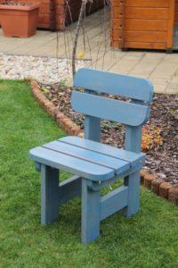 Záhradná detská stolička