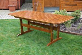 Drevený záhradný stôl Rulen
