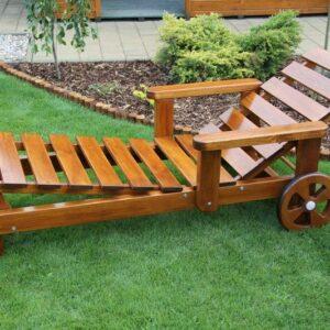 Záhradné borovicové lehátko