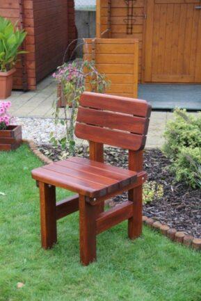 Záhradná borovicová stolička Rovná