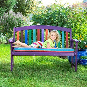 farebny-dreveny-nabytok