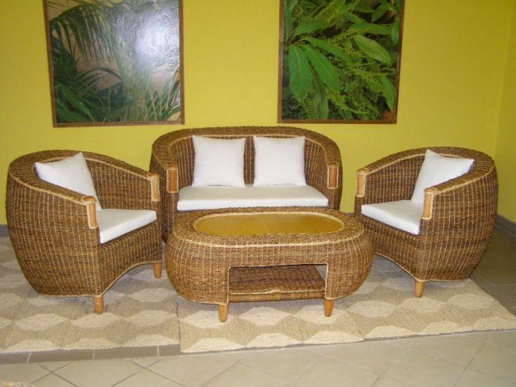 Záhradný nábytok z banánového listu