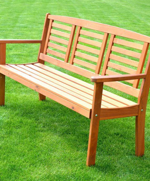 Záhradné lavice a sedačky